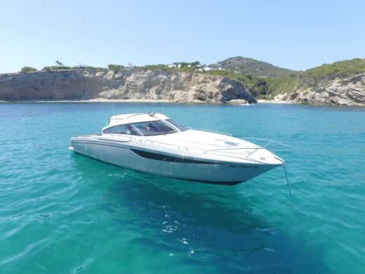 BAIA ONE 43 a Ibiza tra privati
