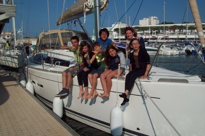 Rental Sailboat DUFOUR 375 GL Le Verdon-sur-Mer