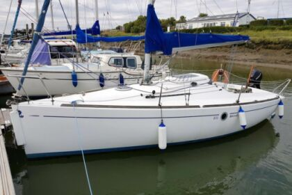 Charter Sailboat Beneteau First 211 Séné
