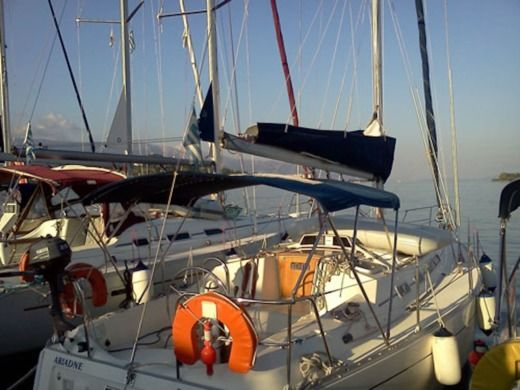 Moody Moody 336 in Corfu peer-to-peer