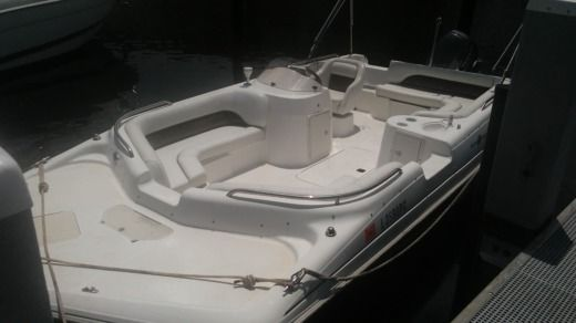 Motorboat Hurricane 201 for rental
