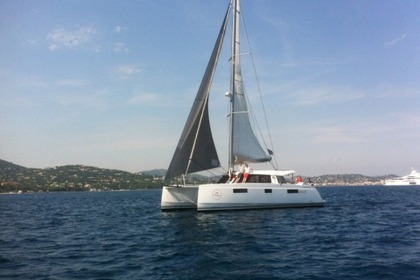 Hire Catamaran NAUTITECH 40 OPEN Port Grimaud