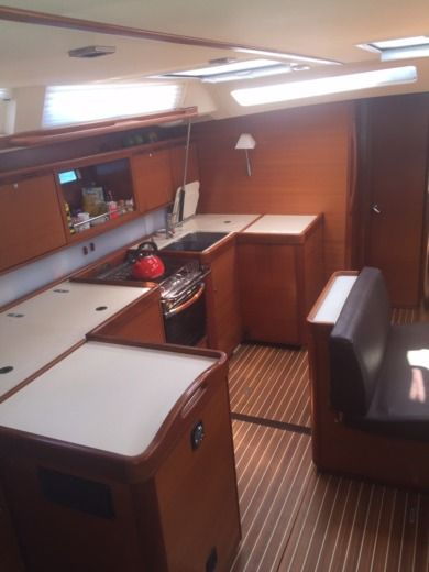 Sailboat Dufour Dufour 525 Grand Large peer-to-peer