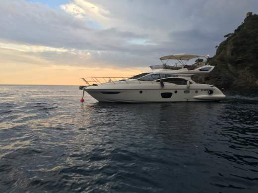 Azimut 47 Fly in Varazze for hire
