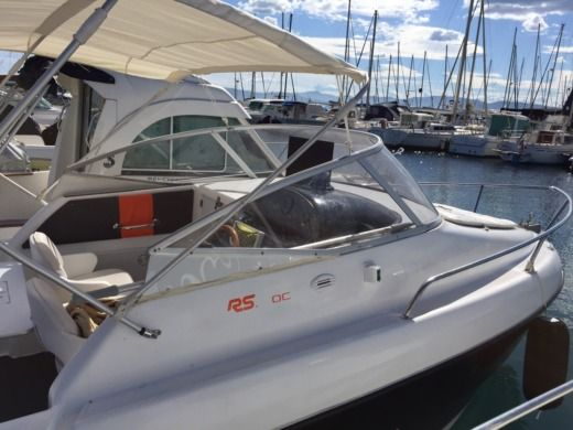 Motorboat Sessa Oyster 20 for hire