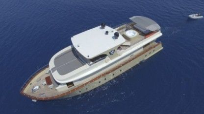 Charter Motorboat Motoryacht Trawler Simay S Bodrum