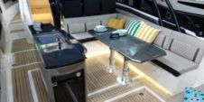 Charter Motorboat Greenline  Open Neo Bandol