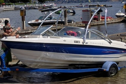 Hire Motorboat Bayliner 205 Kelowna