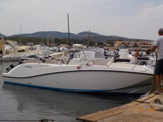 Quicksilver Quicksilver 675 Activ Sundeck  New Model 2014 in San Teodoro for rental