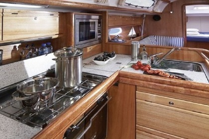 Rental Sailboat BAVARIA 38 CRUISER Murter