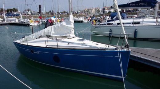Beneteau First 210 in Hyères for hire