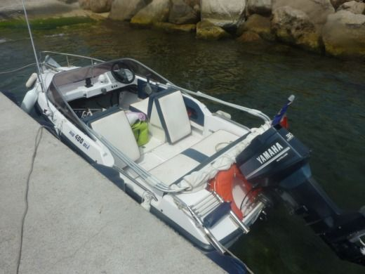 Rio 400 OLE in Golfe Juan for hire