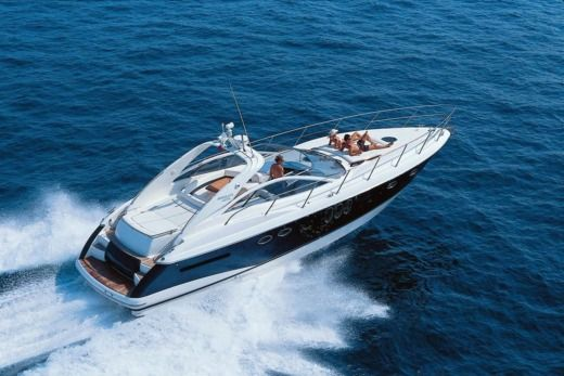 Motorboat Absolute 45 Open for hire