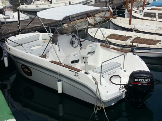 Motorboat Astec 540 Open for hire