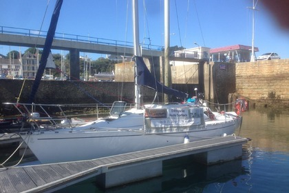 Location Voilier BENETEAU FIRST 305 Loctudy