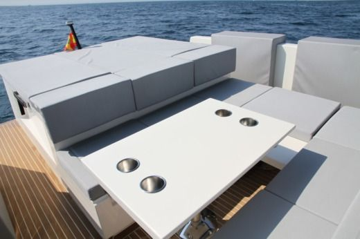 De Antonio Yachts D33 Open in Ibiza for hire