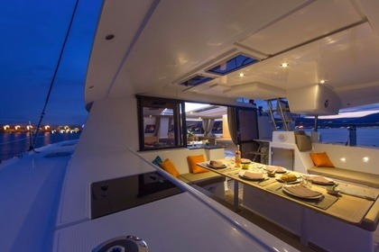 Rental Catamaran FOUNTAINE PAJOT Helia 44 - GRENADE Pointe-a-Pitre