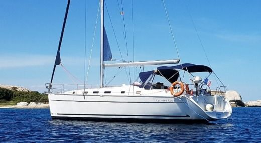 Beneteau Cyclades 43.4 in Cannes for rental