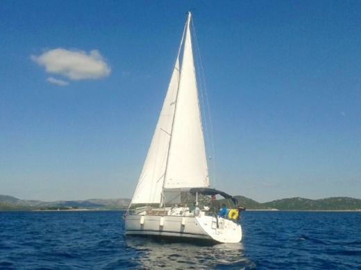 Rental sailboat in Biograd na Moru