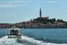 Charter motorboat in Rovinj
