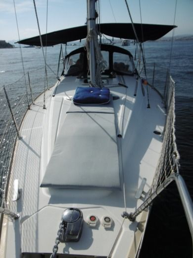 Sailboat Jeanneau Sun Odyssey 29.2 peer-to-peer