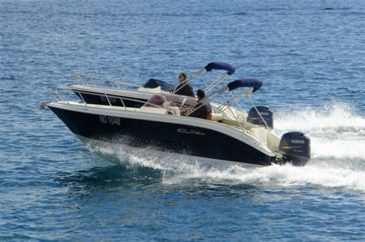 Motorboat Eolo 590 Day