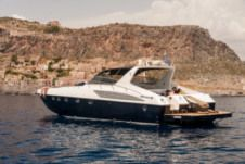 Motorboat Alfamarine 58 for hire