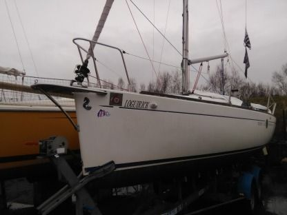 Charter Sailboat Beneteau First 211 La Forêt-Fouesnant