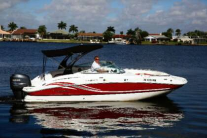 Hire Motorboat Hurricane Sundeck 2400 2400 Cape Coral