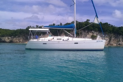 Hire Sailboat BENETEAU OCEANIS 343 Pointe-a-Pitre