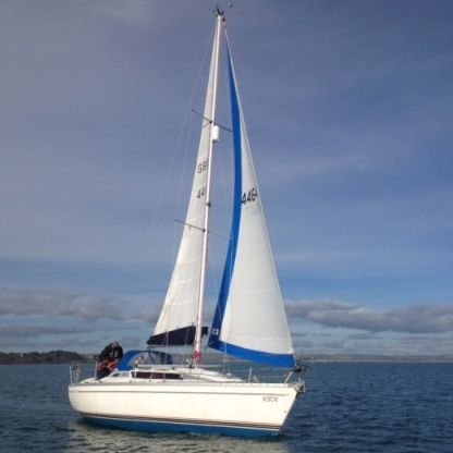 Charter Sailboat Jeanneau Sun Light 30 La Grande-Motte