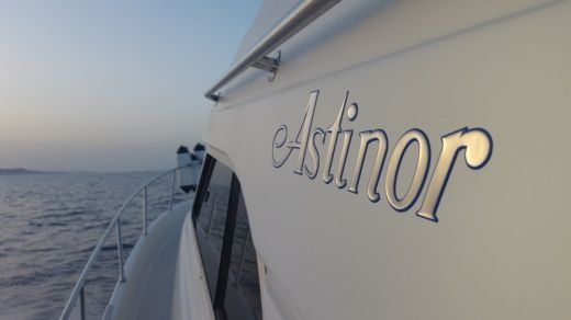 Motorboat Astinor 11.50 for hire