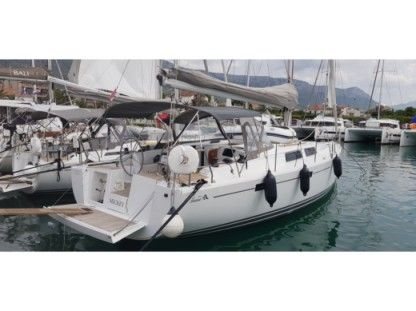 Rental Sailboat Hanse 415 Rogoznica