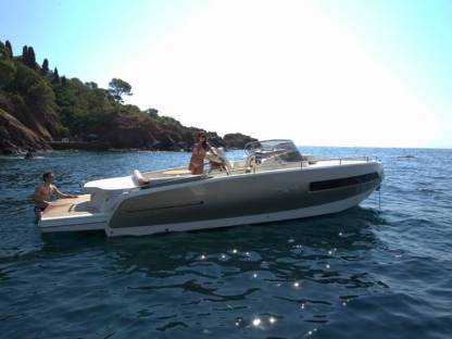 Rental Motorboat Cantieri Invictus Luxury 280Gt Monaco