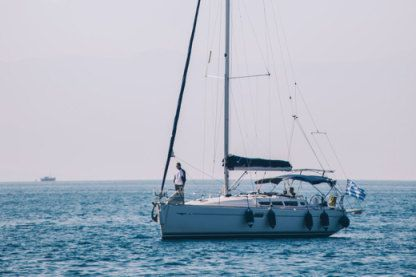 Rental Sailboat Jeanneau 42I Volos