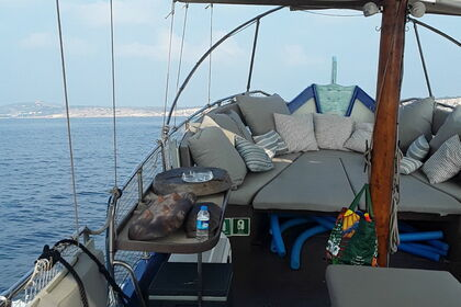 Hire Motorboat Traditional Maltese Luzzu Swieqi