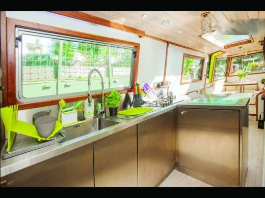Houseboat Stephen Goldsbourgh Boats Custom for hire