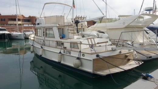 Grand Banks Classic 42 a Marina di Grosseto