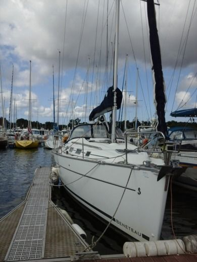 BENETEAU Cyclade 39.3 in Loctudy for hire