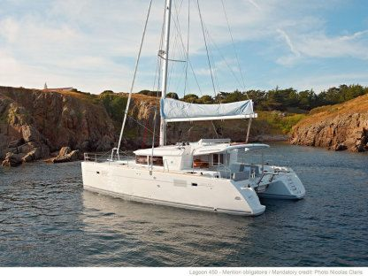 Rental Catamaran Lagoon 450 Flybridge Portisco