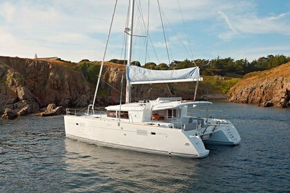 Verhuur Catamaran LAGOON 450 Flybridge Portisco