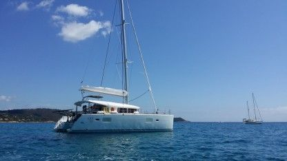 Rental Catamaran Lagoon 400S2 Antibes