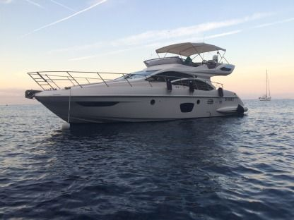 Rental Motorboat Azimut 47 Fly Varazze