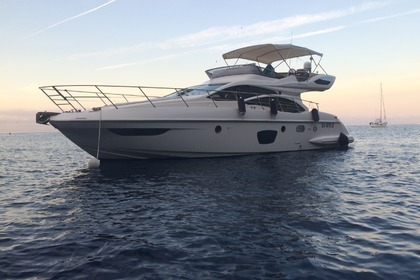 Hire Motorboat AZIMUT 47 Fly Varazze