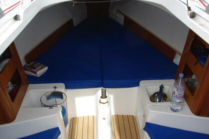 Charter Sailboat BENETEAU first 211 1999 Arzon