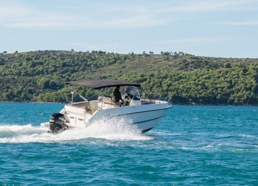 Rental Motorboat Quicksilver Activ 805 Open Trogir