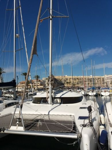 Fountaine Pajot Athena 38 in Calvi peer-to-peer
