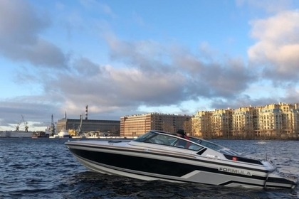 Hire Motorboat Formula 206LS Saint Petersburg