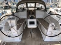 Bavaria Cruiser 41 in Laurium for hire