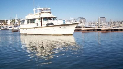 Charter Motorboat Hatteras Custom Los Angeles